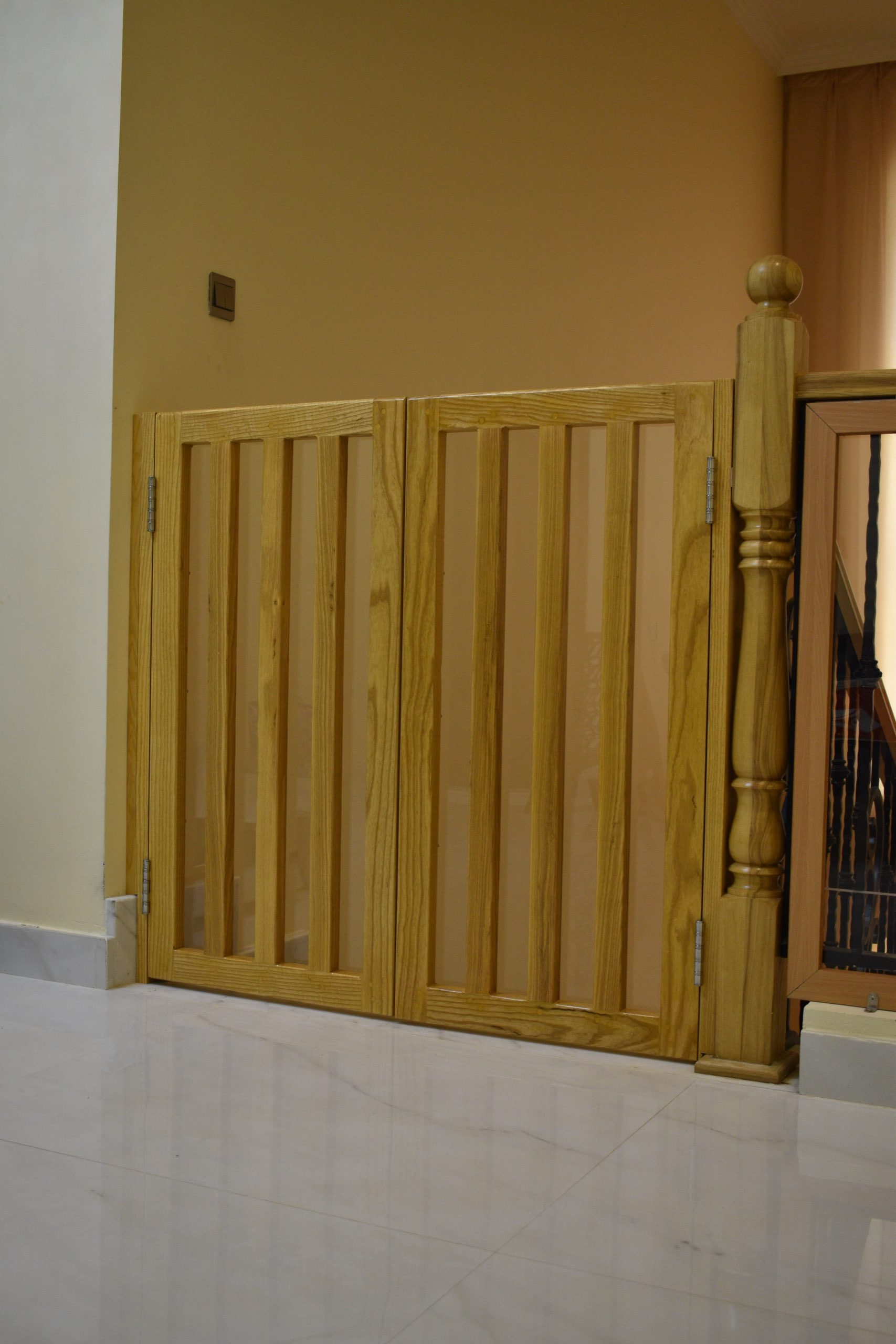 kids gate- bamboo woodworks
